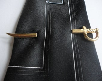 Awesome vintage Sword Tie Bar
