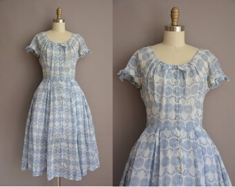 50s blue floral cotton print vintage dress / vintage 1950s dress