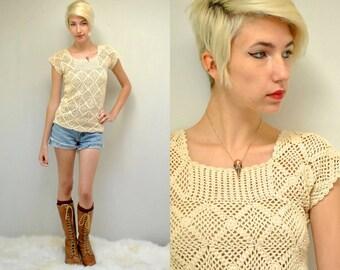 70s Crochet Top  //  Granny Square Top  //  THE ARROW