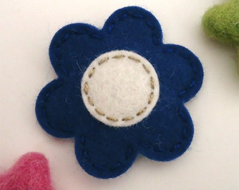 Felt hair clip -No slip -Wool felt -Dark blue flower -cream centre (stitch line in tan)