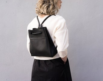 Black leather Backpack- Leather Bucket Backpack- Front pocket with zip- Minimalist- Classic- Handmade- Gift for her- Genuine leather
