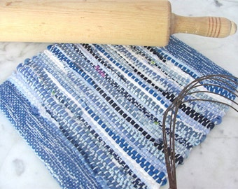 Rustic Farmhouse Decor French Country Cottage Blue Kitchen Pot Holder, Artisan Cook Mom Gourmet Chef Woven Cotton Oven Mat, Cooking Gift