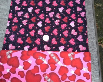 """Table Runner - Reversible, Black and Red Valentine Hearts and Pink Hearts, 12."""" X 40"""""""