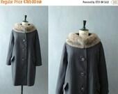 CLOSING SHOP 50% SALE / Vintage coat. 1950s coat. 50s mink fur coat. Grey wool coat. Mid century coat
