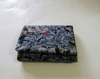 Black and Gray Leaves Trifold Wallet