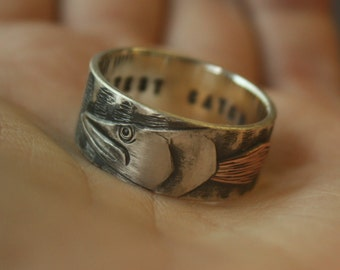Musky fish. Fishing. Ouroboros. Engraving. Wedding band. Ring. Man. One-of-a-kind. For him. Artisan & rustic. Sterling silver, copper.