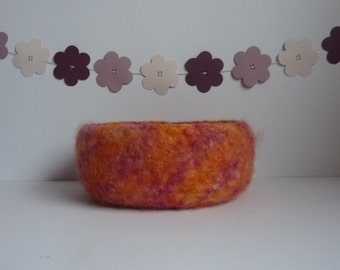 FELTED 'FUSSPOT' bowl,  'Fiesta'. Chunky. Vibrant. Home decor . UK seller .... ready to ship....