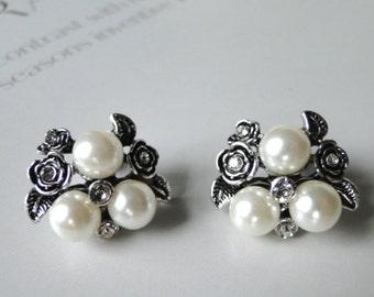 LAST CALL SALE Vintage Rhinestone and Faux Pearl Earrings / Gemstone Earrings  / Accessoires / Sterling Silver / Pearl / Wedding Earrings