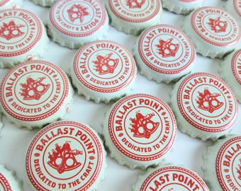 Ballast Point Beer Bottle Caps Lot of 200 Bulk Art Craft Supplies Destash Upcycle Recycle Red White Nautical