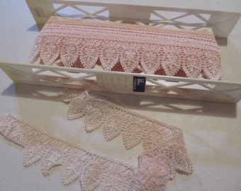 Pink Vintage Style Lace Trim...6 yds
