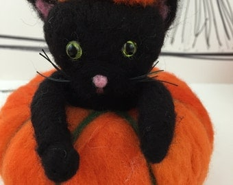 Needle felted black cat in pumpkin, felted Halloween cat, Halloween cat in orange pumpkin, ready to ship