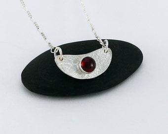 Sterling Silver Crescent/Scallop Garnet Pendant Handcrafted Artisan Jewelry Minimalist Design Sterling 16 inch Figaro Chain 083461759716