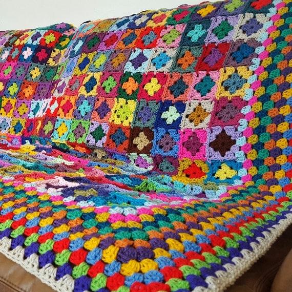 "Striking Mini Granny Squares Blanket Afghan  70"" x 60"" 320 Squares"
