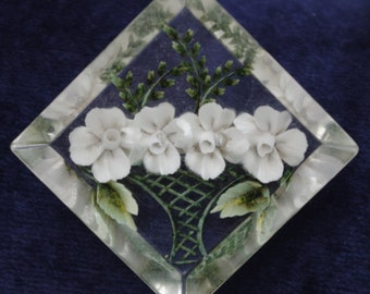 Vintage - RARE DESIGN -  Basket of white flowers with ferns - Reverse carved Lucite - Brooch Pin - c1950s