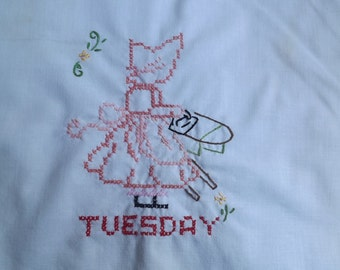Hand Embroidered Sun Bonnet Sue Dish Towel   Day of the Week Tuesday