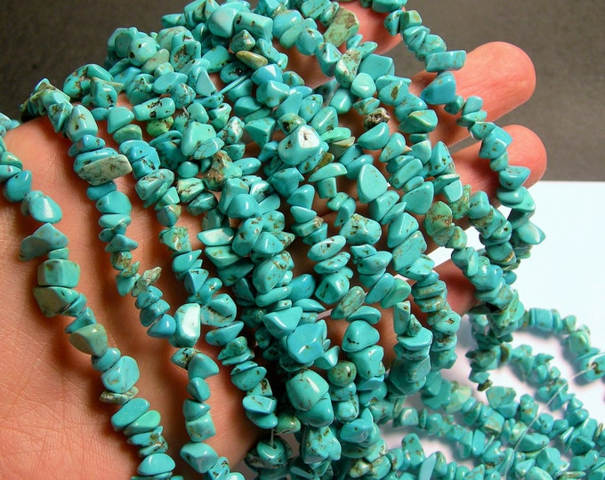 Howlite turquoise - chip stone - pebble-  nugget - bead - 36 inch - full strand - PSC261
