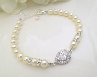 Pearl Bracelet Bridal Rhinestone Bracelet Ivory swarovski Pearls Cubic Zirconia bracelet Bridal Pearl Bracelet Wedding Pearl Bracelet AUDREY