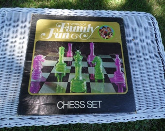 "Hasbro Chess Set 1971 World of Family Fun by Hasbro complete game and instructions with ""extra"" Chess in 30 minutes for family game night"