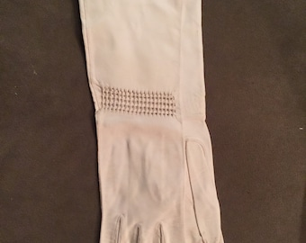 Vintage 50s Kislav Gloves // Ivory Leather Opera Gloves with Cut Outs // size 6 1/2 // Made in France