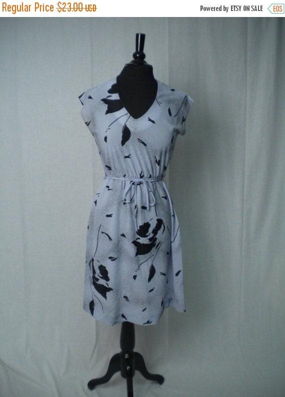 SALE Vintage 70s Dress by Malouf of Dallas