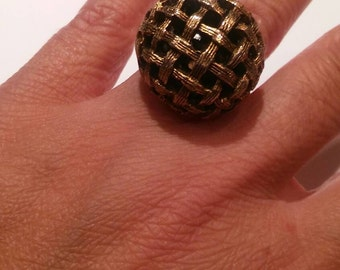 Large adjustable dome bling ring mid century modern antique gold tone weave design