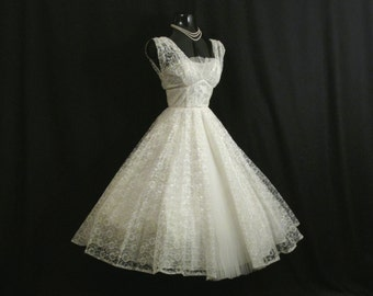 Vintage 1950's 50s Bombshell White Lace Tulle Circle Skirt PROM Party Wedding Dress Gown