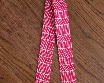 CAMERA STRAP in Pink Herringbone