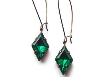 Art Deco earrings Art Deco jewelry Emerald green earrings Emerald earring Green earrings Green glass earrings May birthstone earrings
