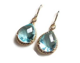 Aquamarine blue topaz glass gold tear shape dangle earrings.  Bridal earrings.  Bridesmaids.  Wedding jewelry.