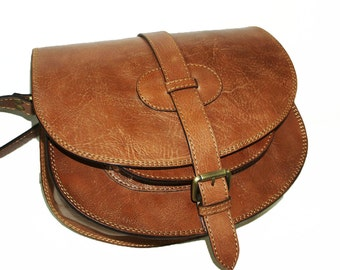 Leather Bag Messenger // Goldmann size L in tan