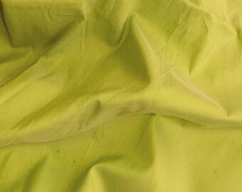 dupioni silk fabric - light chartreuse 100% pure silk - fat quarter sld193