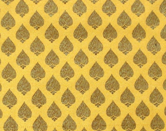 banaras fabric, brocade by the yard, sari blouse fabric, indian brocade fabric, gold brocade, banarasi brocade - 1 yard - br090
