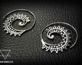 Ethnic spiral brass silver plated earrings # tribal earrings # boucles d'oreilles spirales