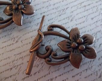 Flower Toggle Clasps - Antiqued Copper - 30mm - Qty 2 Sets