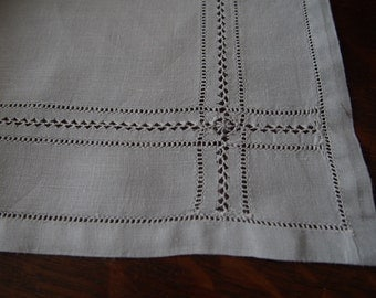 """Grey Linen Luncheon Cloth With Napkins Vintage 33"""""""