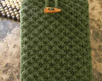 Gorgeous iPad hand knitted case, iPad, iPad Air case, hand made case for iPad, dark green