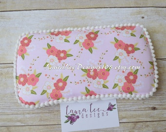 READY TO SHIP, Wonderland Floral on Light Pink, Travel Wipe Case, Personalized Wipe Case, Baby Wipe Case, Baby Shower Gift, Girl Wipe Holder