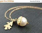 14OFFSALE Necklace, Acorn Necklace, Gold Necklace, Pearl Necklace, Cream Pearl, Swarovski Crystal, Peter Pan Kiss, Wendy, Neverland, No. ANG