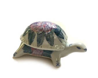 Vintage Porcelain Turtle Figurine Trinket Box Casket Hand Painted China