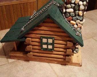 Log Cabin Bird Feeder