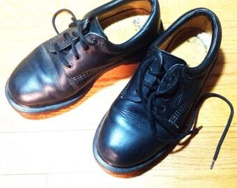 Vintage Dr. Marten Shoes Doc Marten Doc Marten Oxfords Tie Shoes Size 3UK US Youth 4 Woman's 6 Shoes Grunge Shoes Leather Lace Ups