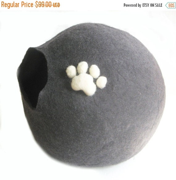 ON SALE 15% OFF Cat Bedding Xxl 3D Wool Paw Cat Cave Wool Cocoon Cat Paw Gifts for Cats Handmade Felted Wool Cats Home Shelter for Cat Frien