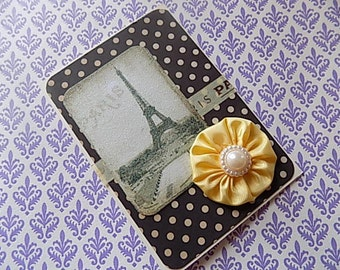 Paris Eiffel Tower Greeting Card in Black Yellow - French inspired - Ces't Magnifique