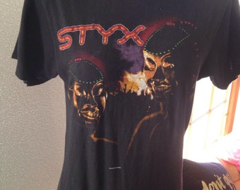 Styx Kilroy Was Here Concert Tshirt 1983 tour Vintage size Large