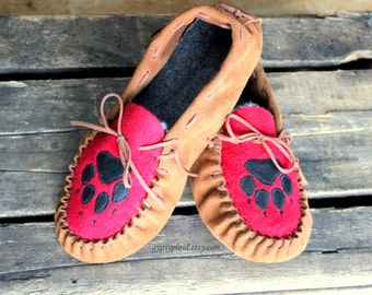Brown Leather Moccasins for Women - Fall Footwear - Leather Holiday Slippers - Christmas Gift for Mom - Wolf Paw Print