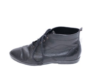 black leather ankle boots booties lace up womens size 6