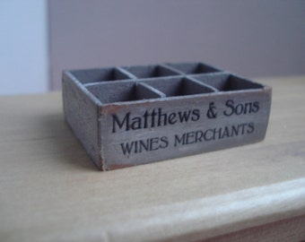 Miniature vintage bottles holder