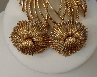 Monet Brooch, Posts Earrings, Gold, Ribbon Spray, Gold Tone, Textured, Set, Vintage