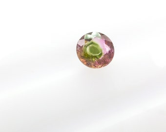 Watermelon Tourmaline Faceted Cabochon. Natural 'Eye' Pattern. Set Upside Down For Rose Cut. Round. 1 pc. 0.82 cts. 6 mm  (TM2017)