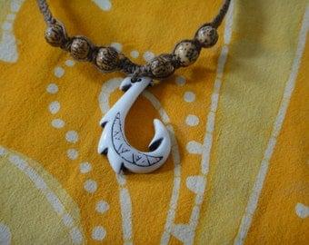 Hawaiian Tribal Fish Hook Betel Nut Bead Hemp Necklace